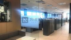 Edificio exclusivo de oficinas ubicado en el Centro Empresarial de La Florida, a la altura del Km 12 de la Ctra. de La Coruña.